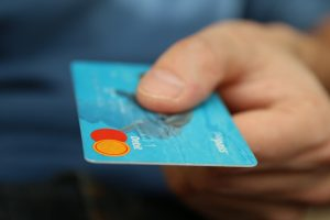 image of business credit card to avoid late payments